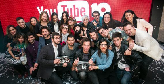 Imagen de la fiesta del 10º aniversario de YouTube, con numerosos influencers españoles.