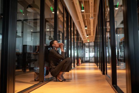 6 trucos para calmar los momentos de ansiedad que vivas durante el trabajo