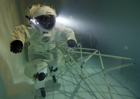 Un astronauta entrenando para la Agencia Espacial Europea