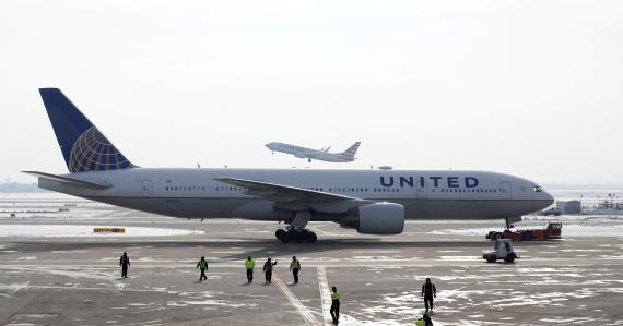 Una imagen de archivo de un avión Boeing 777 en el Aeropuerto Internacional O'Hare de Chicago, Illinois, en EEUU.