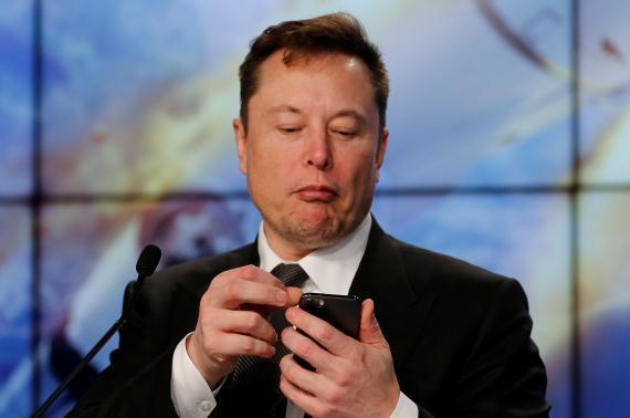 Elon Musk ha sido una de las personalidades que ha estado hablando en Clubhouse.
