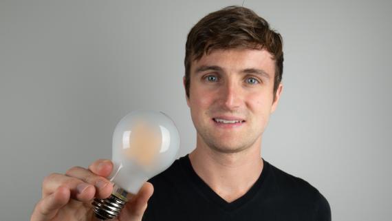 Greg Yeutter, fundador de Bedtime Bulb