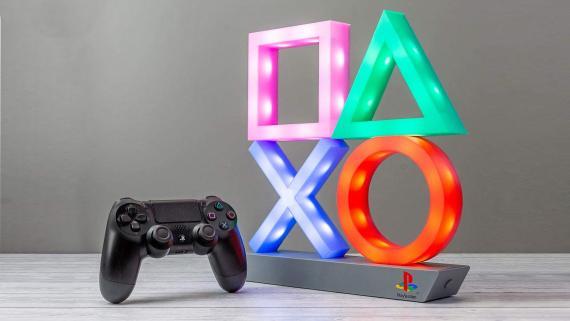 Lámpara con símbolos de PlayStation
