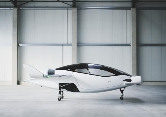 El jet o coche volador de la startup alemana Lilium.
