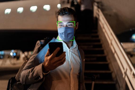 Reconocimiento facial del iPhone con mascarilla