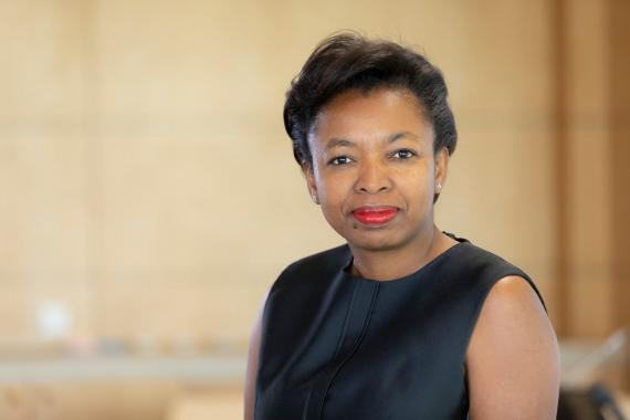 Karima Silvent, directora de recursos humanos del grupo AXA.