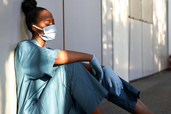 Cada hora de sueño por la noche reduce el riesgo de coronavirus un 12%, según un estudio