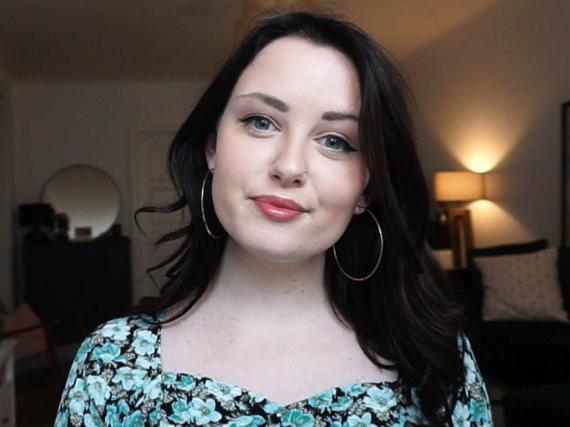 "Emma Bostian, ingeniera de software de Spotify y autora de ""De-coding the Technical Interview Process""."