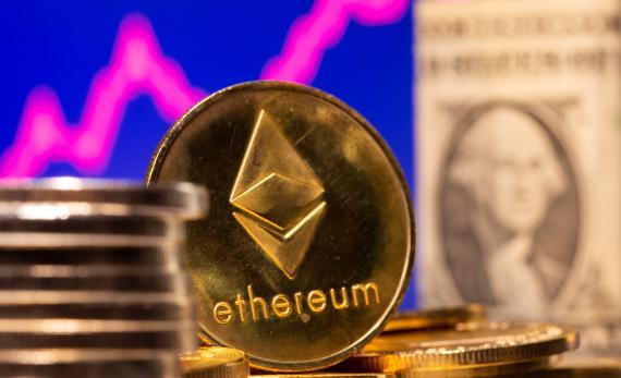 El especialista cree que ethereum llegar a los 3.000 dólares (Reuters)