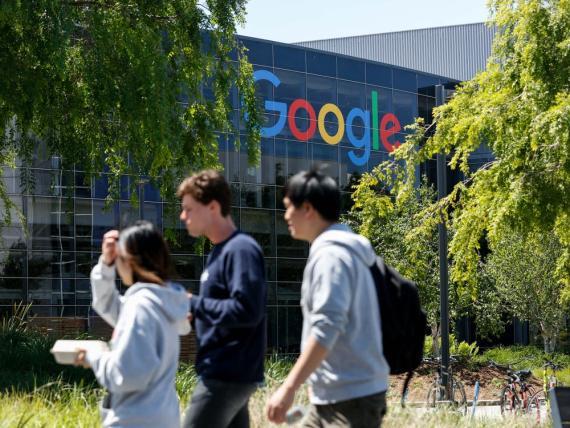 Google dice que tratará sus certificados como el equivalente a un título de 4 años.