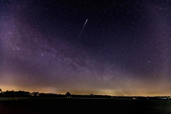 Una Lírida pasa por el cielo de Schermbeck (Alemania), el 22 de abril de 2020.