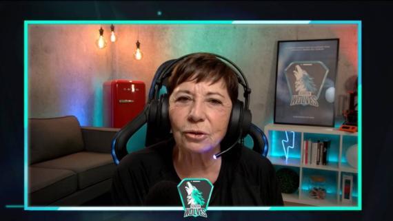 Celia Villalobos en la retransmisión de 'Twitch' donde se reveló la verdad.