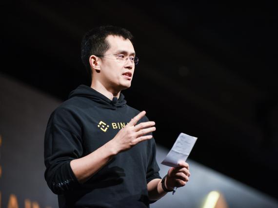 Changpeng Zhao es el CEO de Binance, la mayor plataforma de intercambio de criptomonedas del mundo.