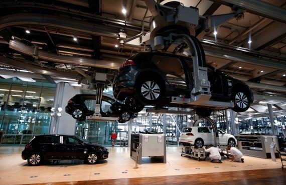 Fábrica de coches eléctricos de Volkswagen en Dresde (Alemania)