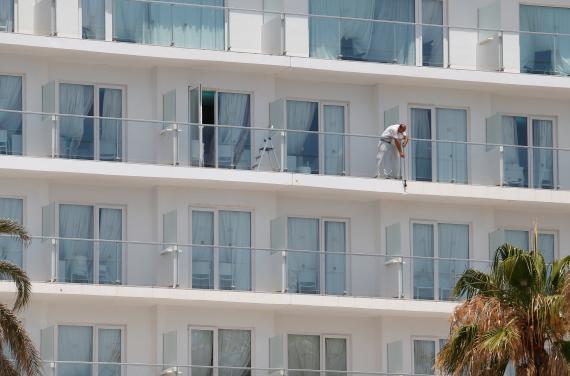 Limpieza reapertura hotel
