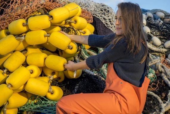 Mujer pescadora.