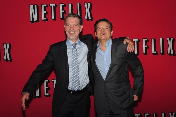 Los codirectores generales de Netflix: Reed Hastings (izquierda) y Ted Sarandos (derecha).