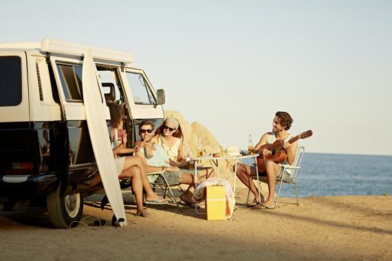 Autocaravana playa amigos
