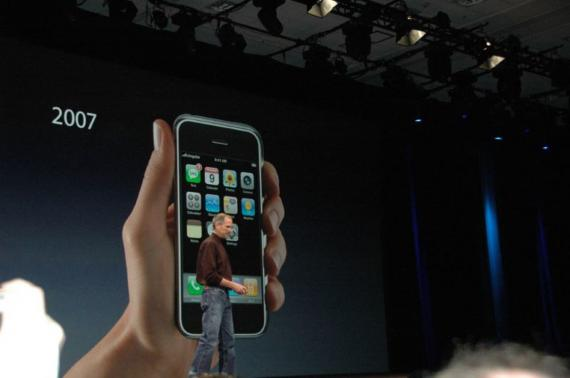 La frase de Steve Jobs en un correo electrónico de hace 14 años que cambió la historia de Apple