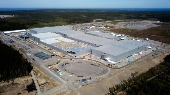 Imagen del avance de la construcción de la fábrica de Northvolt en Suecia a junio de 2021