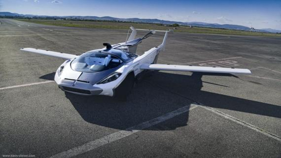 Modelo de Air Car, coche volador desarrollado por Klein Vision.