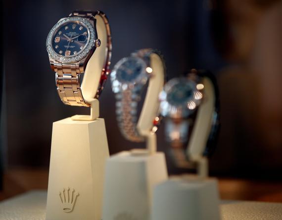 Rolex no regala relojes en WhatsApp: se trata de la última estafa de 'phising' que se está haciendo viral