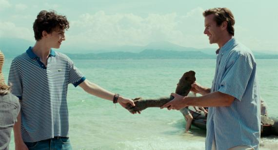 Timothée Chalamet como Elio Perlman y Armie Hammer como Oliver, en 'Call me be your name'.