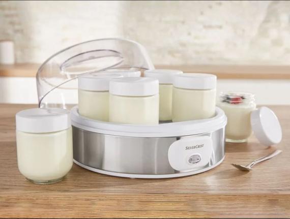 La yogurtera de Lidl para hacer yogur natural, un éxito de ventas por menos de 13 euros