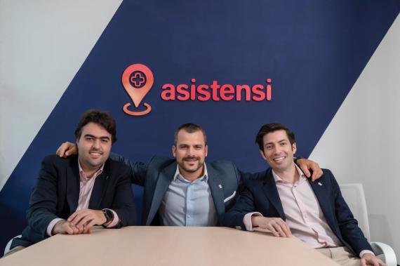 Los fundadores de Asistensi. De izquierda a derecha: Dr. Luis Velasquez, Dr. Andrés Simón González, Armando Baquero Ponte.