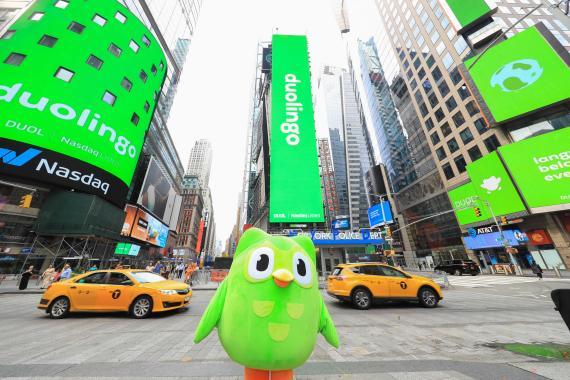 Campaña de Duolingo para promocionar su salida a bolsa. Duolingo
