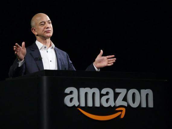 Jeff Bezos durante una conferencia de prensa de Amazon.