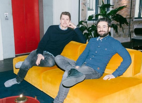 Jeppe Rindom (i) y Niccolo Plea (d), cofundadores de Pleo
