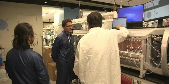 Vista en exclusiva del interior de los laboratorios de Moderna, donde la nueva empresa de biotecnología está planeando lo que vendrá después de su exitosa vacuna contra el coronavirus
