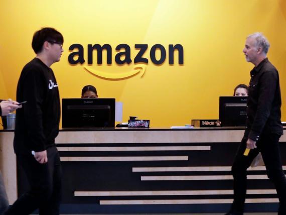 Empleados en las oficinas de Amazon.