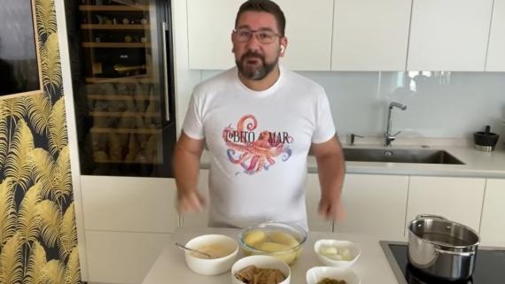 Trucos de Arguiñano, Dani García y Chicote para hacer la mejor ensaladilla rusa.