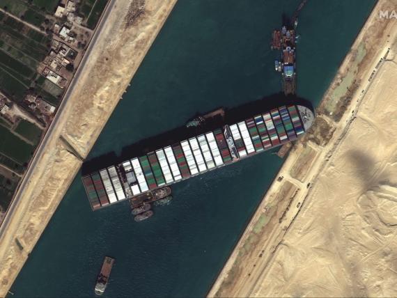 El Ever Given bloqueó el canal de Suez durante casi una semana.