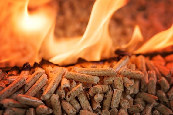 Estufa chimenea de pellets
