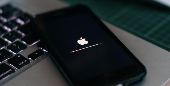 Un móvil actualizándose