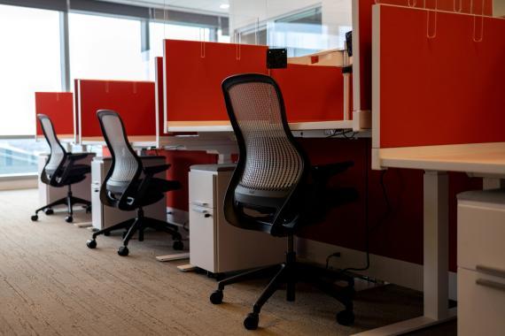 oficina vacía teletrabajo