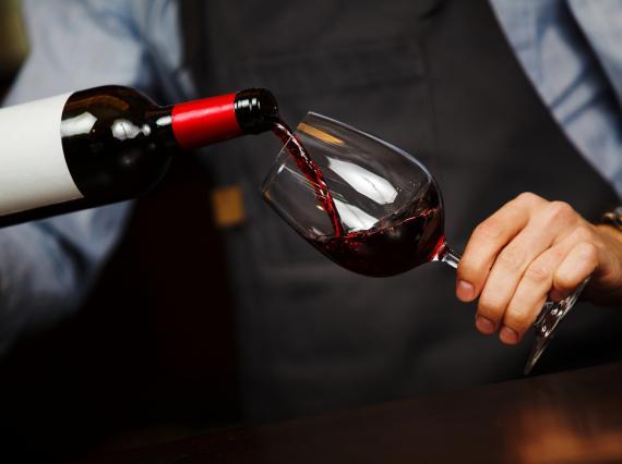 Cuatro vinos de calidad por menos de 4 euros recomendados por un experto, que solo venden en Mercadona