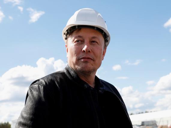 El estilo de gestión de Elon Musk es un ejemplo de por qué los microgestores son un gran riesgo para las empresas
