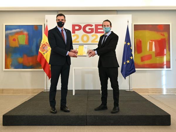 PGE 2021.