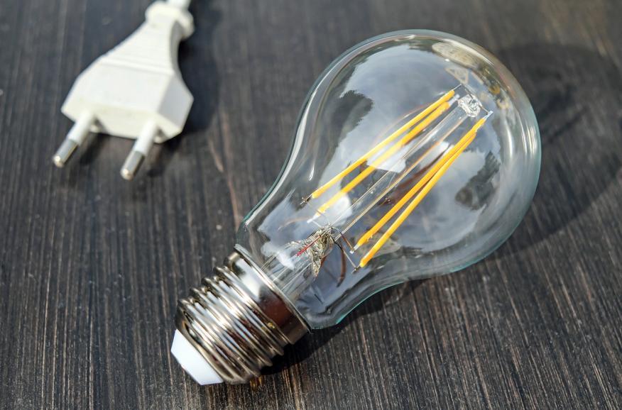 Bombilla, luz de casa