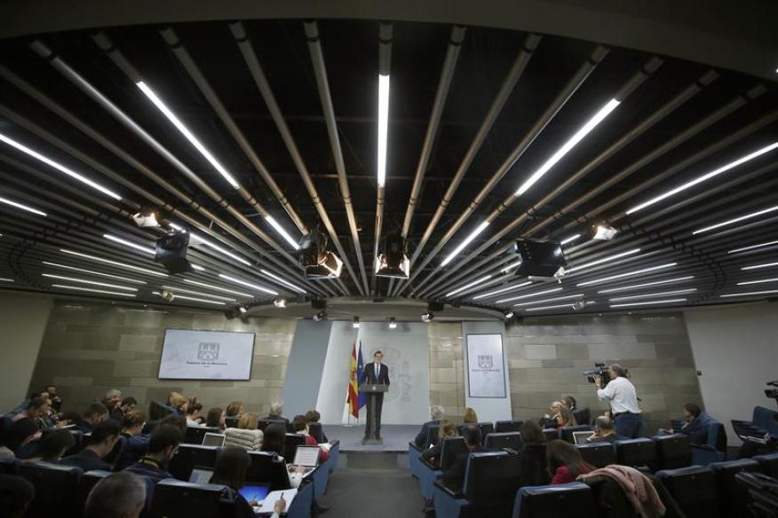 El presidente del Gobierno, Mariano Rajoy, durante la rueda de prensa en la que ha valorado los resultados de las elecciones del 21D en Cataluña.