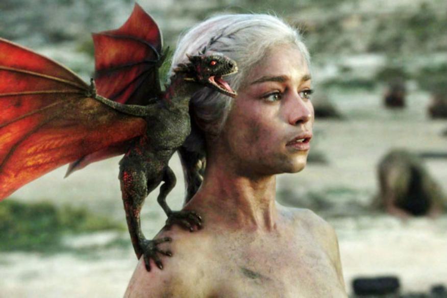 Daenerys Targaryen tendrá que esperar: la última temporada de 'Juego de Tronos' no llegará hasta 2019.