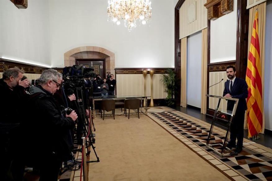 El presidente del parlamento catalán, Roger Torrent, respondiendo la semana pasada a la impugnación de Carles Puigdemont propuesta por el Gobierno central.