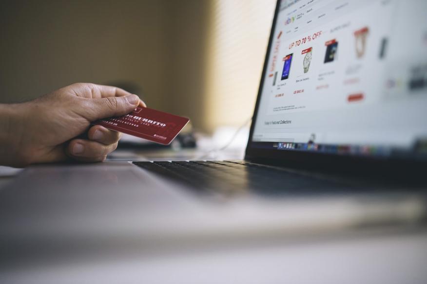 Pagar con tarjeta por Internet
