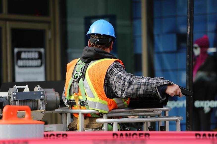 Obrero trabajando
