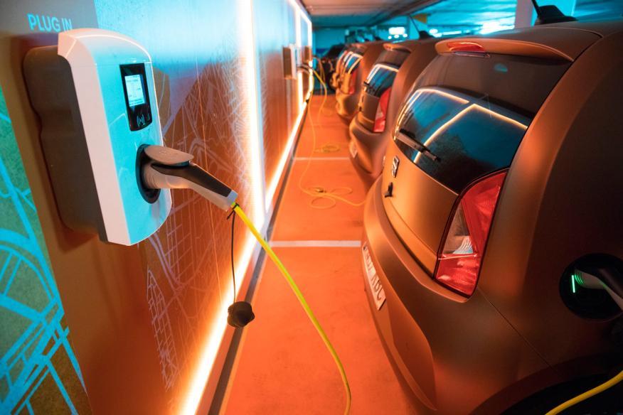 Seat prueba un servicio de carsharing en Barcelona con el eMii