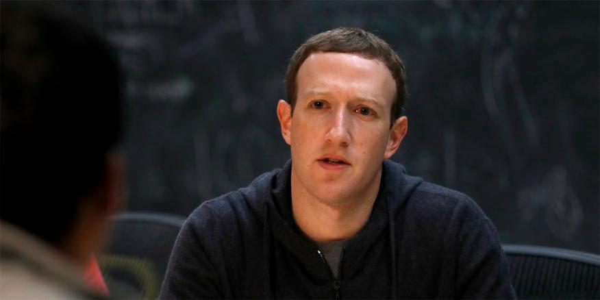 Zuckerberg Facebook AP